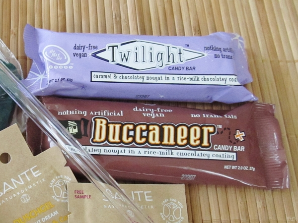 Buccaneers and Twilight Bars by Go Max Go [Vegan Presence March box]